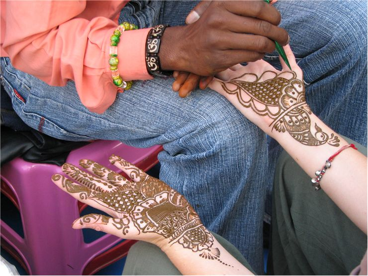 Picture Of Mehndi Applier Henna Tattoos